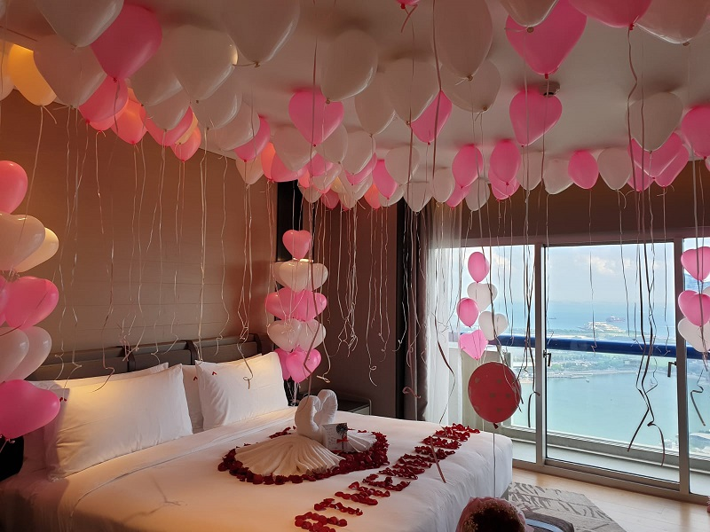 Romantic Bedroom Balloon Decoration Package